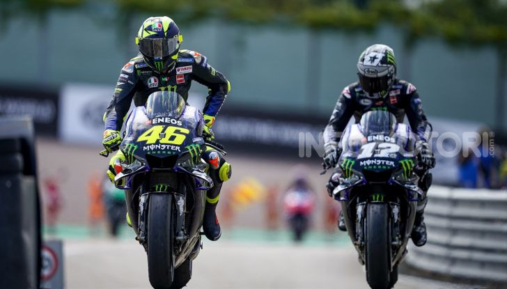 MotoGP: Valentino Rossi correrà ufficialmente in Yamaha-Petronas nel 2021 - Foto 6 di 10