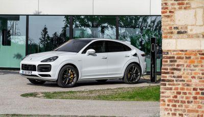Porsche Cayenne Turbo S E-Hybrid: dati tecnici, prezzi e consumi