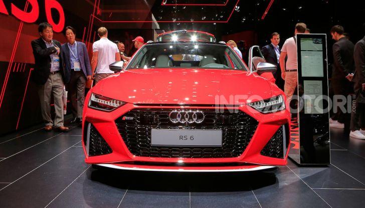 Audi RS6 Avant: un po' station wagon un po' supercar - Foto 2 di 23