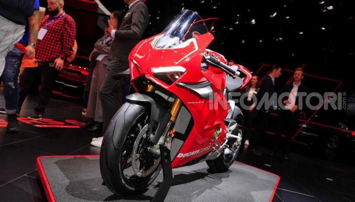 La Ducati Panigale V4R in dotazione alla polizia Abu Dhabi - Foto 1 di 8