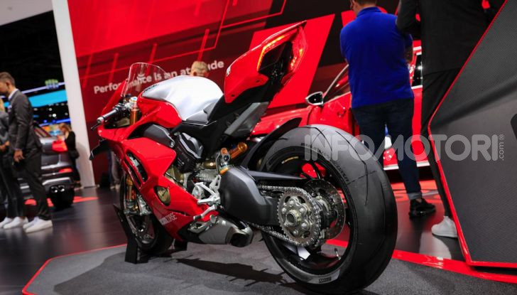 La Ducati Panigale V4R in dotazione alla polizia Abu Dhabi - Foto 3 di 8