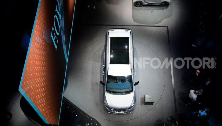 Mercedes Concept EQV: il primo monovolume premium 100% elettrico - Foto 16 di 16