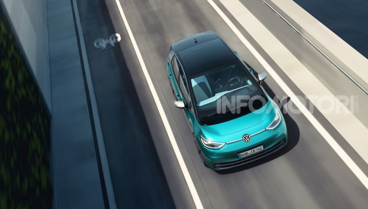 Volkswagen ID.3 R, la compatta elettrica dalle alte prestazioni - Foto 19 di 47