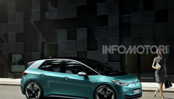 Volkswagen ID.3 R, la compatta elettrica dalle alte prestazioni - Foto 27 di 47