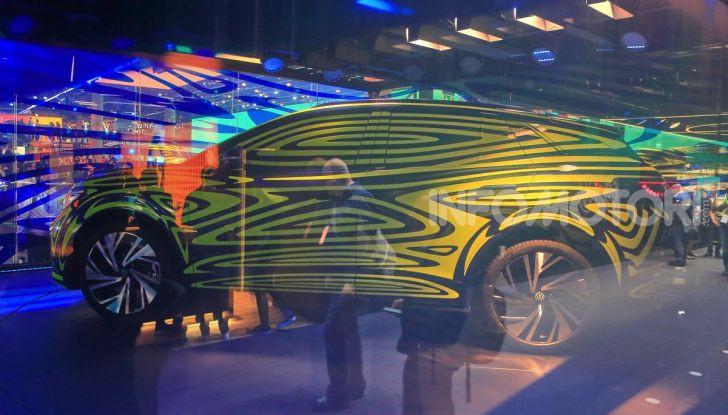 ID.4, il SUV elettrico secondo Volkswagen - Foto 24 di 30