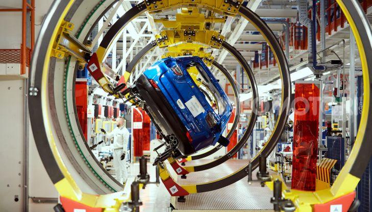 """FCA, prodotti a Melfi i modelli """"green"""" di Jeep Renegade e Compass - Foto 15 di 20"""