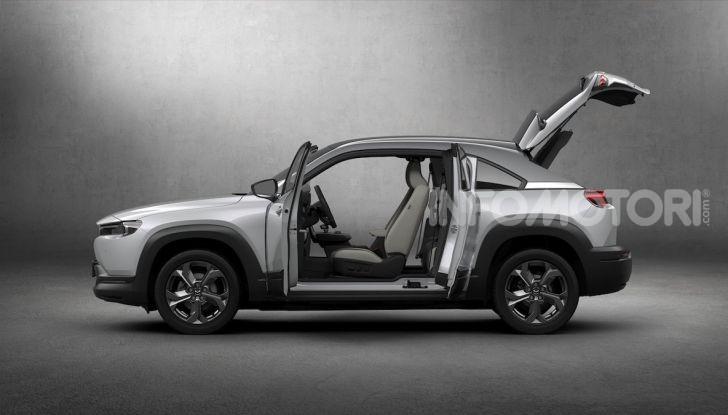 Mazda MX-30: l'auto elettrica con materiali ecologici - Foto 5 di 8