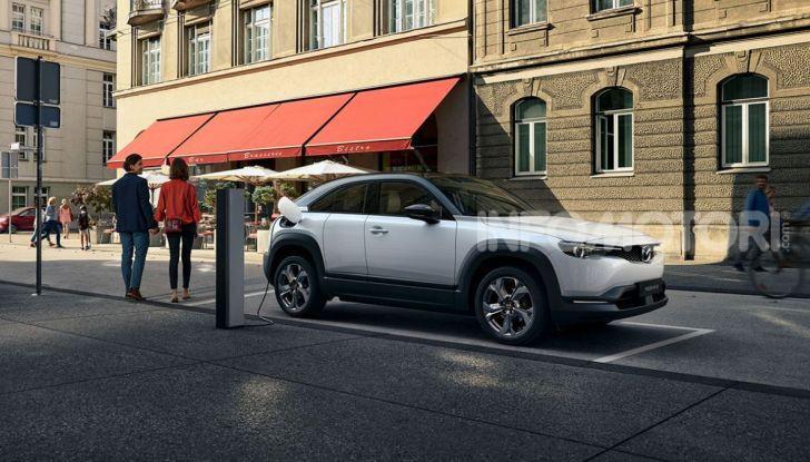 Mazda MX-30: l'auto elettrica con materiali ecologici - Foto 8 di 8