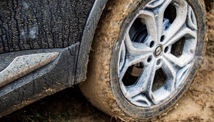 Renault Kadjar 4×4 Black Edition, versione speciale da fuoristrada - Foto 23 di 23