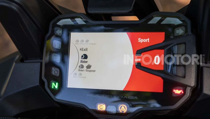"""Prova video Ducati Multistrada 950 S, la miglior """"Multi"""" di sempre? - Foto 24 di 37"""