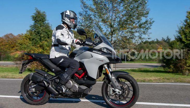 """Prova video Ducati Multistrada 950 S, la miglior """"Multi"""" di sempre? - Foto 28 di 37"""