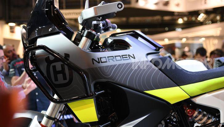 Husqvarna 901 Norden, concept adventure ad EICMA 2019 - Foto 4 di 9