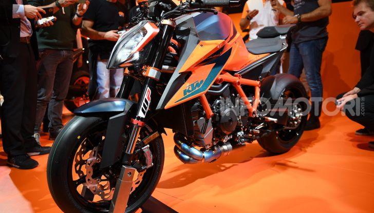 """KTM 1290 Superduke R 2020: la """"Bestia"""" arancione, atto terzo - Foto 2 di 8"""