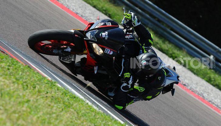 Prova in pista Michelin Power Cup Evo: facile e versatile, non solo per la pista - Foto 36 di 44