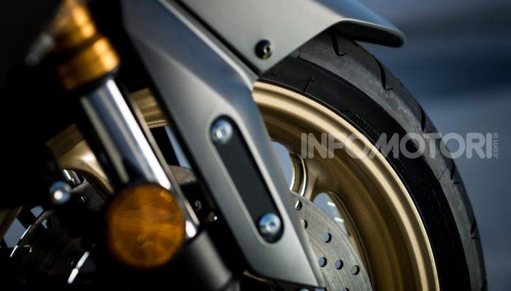 Video prova in anteprima Yamaha TMAX 560 2020, è maggiorenne ma continua a crescere - Foto 39 di 83