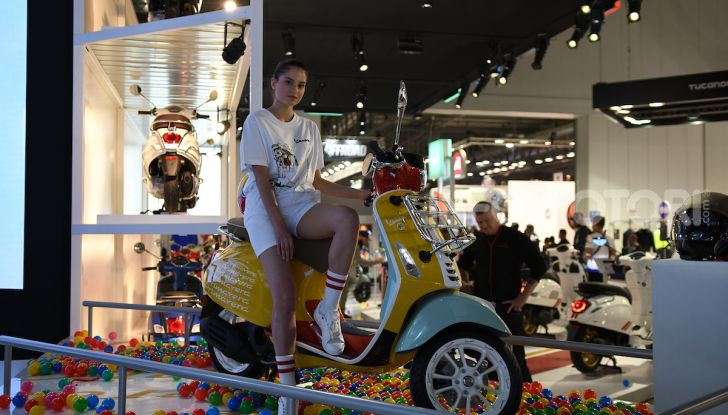 EICMA 2019, bellezze a due ruote e in carne e ossa - Foto 9 di 64