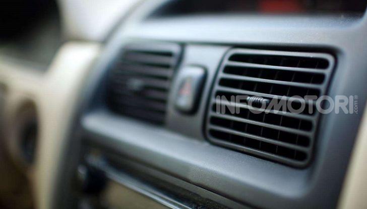 Riscaldamento auto bocchettoni aria