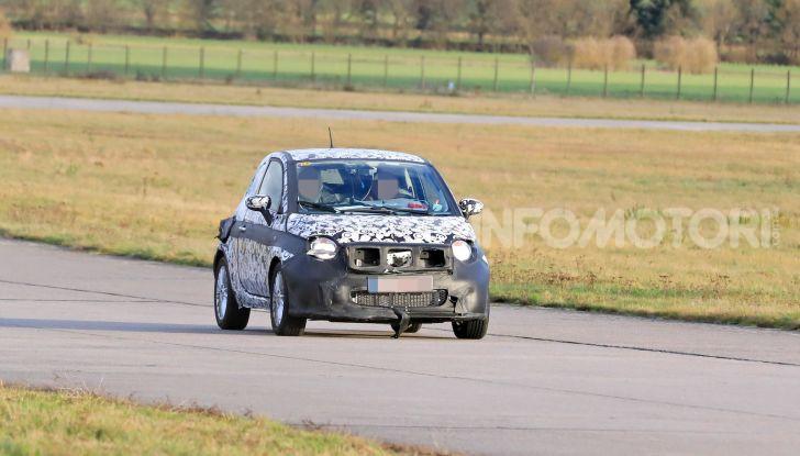 Fiat 500 elettrica, test drive e dati tecnici - Foto 19 di 28