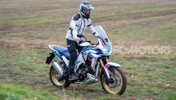Prova Honda Africa Twin 1100 DCT Adventure Sports 2020: caratteristiche e prezzo - Foto 20 di 63