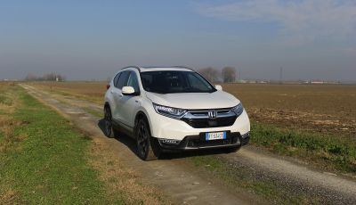 Prova nuovo Honda CR-V: il SUV compatto re dei consumi
