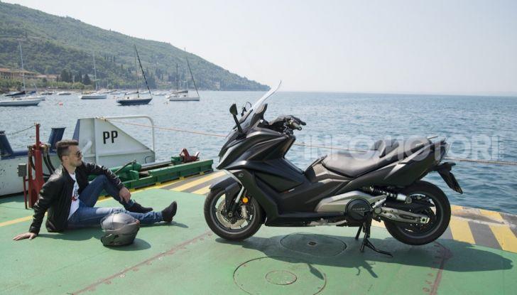 Kymco AK 550 ABS MY 2020: il maxi scooter ancora più potente e tecnologico - Foto 1 di 11