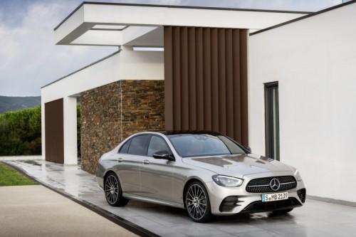 Mercedes Classe E 2020: allestimenti, motori e prezzi - Foto 17 di 19
