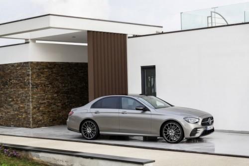 Mercedes Classe E 2020: allestimenti, motori e prezzi - Foto 19 di 19