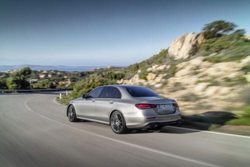 Mercedes Classe E 2020: allestimenti, motori e prezzi - Foto 5 di 19