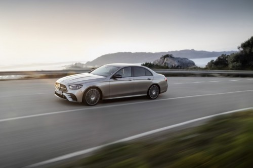 Mercedes Classe E 2020: allestimenti, motori e prezzi - Foto 6 di 19