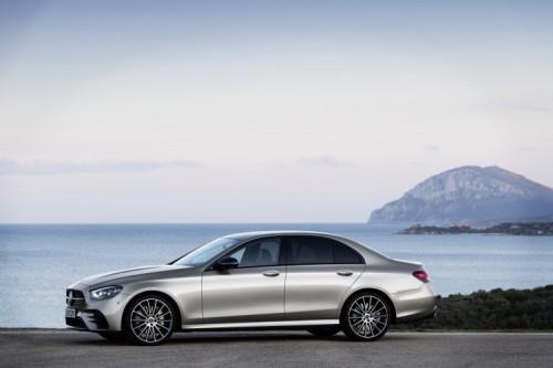 Mercedes Classe E 2020: allestimenti, motori e prezzi - Foto 8 di 19