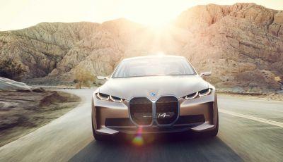 BMW i4: la berlina elettrica da 530 cavalli arriva entro fine 2021