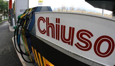Benzinai verso la chiusura delle stazioni autostradali dal 30 novembre