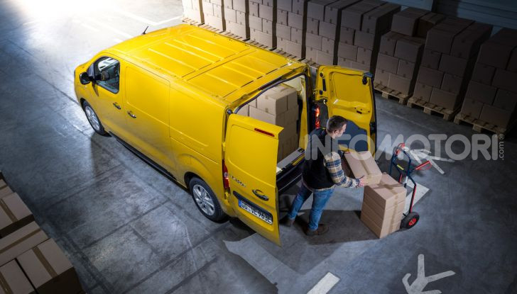 Opel Vivaro-e: il van elettrico con grande autonomia e capacità di carico - Foto 13 di 14