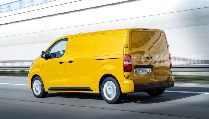 Opel Vivaro-e: il van elettrico con grande autonomia e capacità di carico - Foto 2 di 14