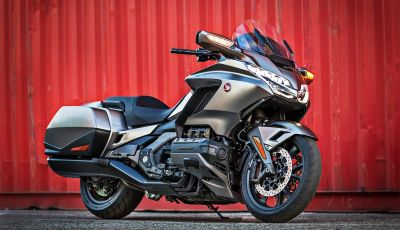 Honda GL1800 Gold Wing 2020: Android Auto affianca il sistema Apple Car Play