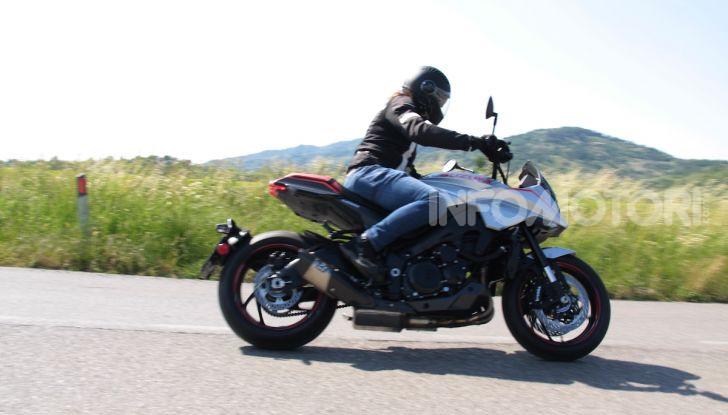 Test ride Suzuki Katana Jindachi: la naked che unisce potenza ed eleganza - Foto 22 di 40