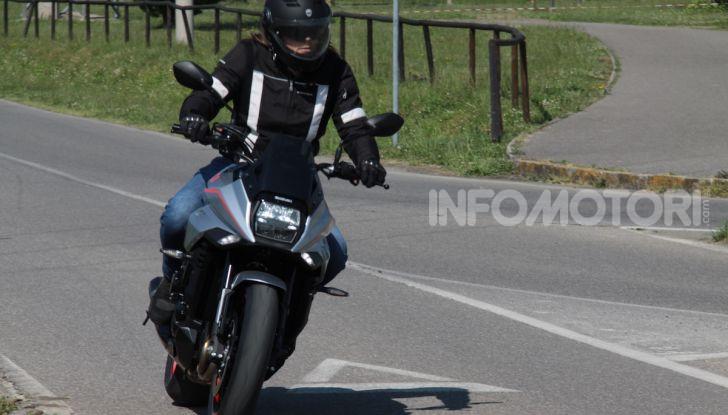 Test ride Suzuki Katana Jindachi: la naked che unisce potenza ed eleganza - Foto 39 di 40