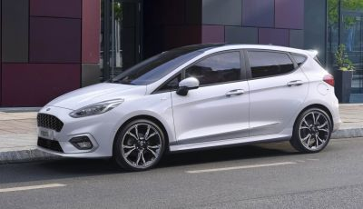 Ford Fiesta EcoBoost Hybrid 2020: efficienza e divertimento di guida