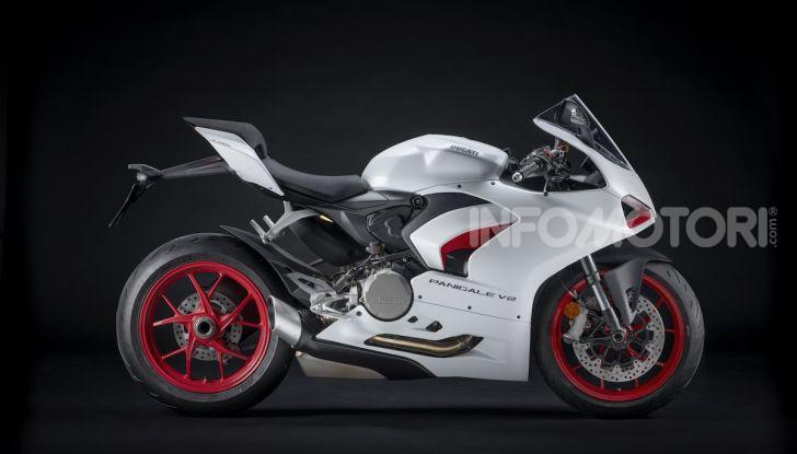 La Ducati Panigale V2 con nuova livrea White Rosso - Foto 3 di 9
