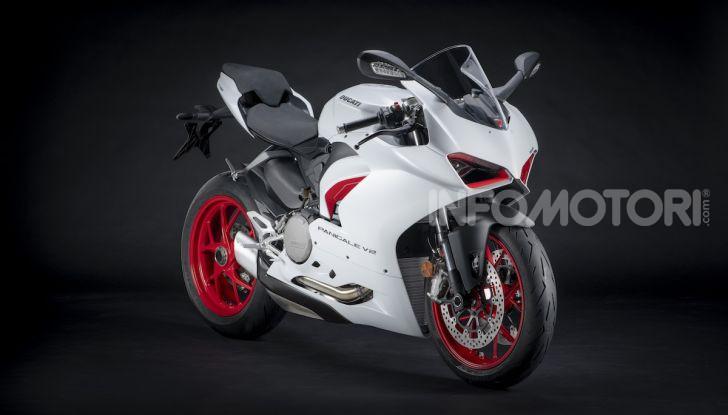 La Ducati Panigale V2 con nuova livrea White Rosso - Foto 4 di 9