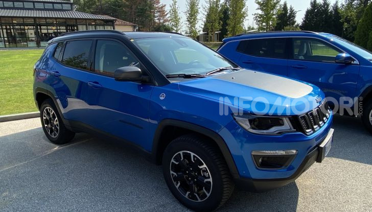 [VIDEO] Jeep: Renegade e Compass 4xe ridefiniscono gli standard delle auto ibride plug-in - Foto 25 di 34