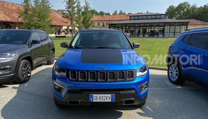 [VIDEO] Jeep: Renegade e Compass 4xe ridefiniscono gli standard delle auto ibride plug-in - Foto 24 di 34
