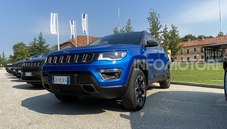[VIDEO] Jeep: Renegade e Compass 4xe ridefiniscono gli standard delle auto ibride plug-in - Foto 23 di 34