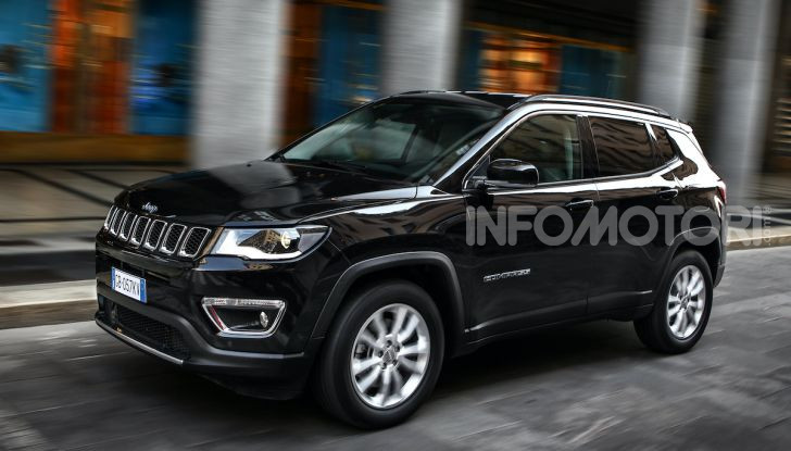 [VIDEO] Jeep: Renegade e Compass 4xe ridefiniscono gli standard delle auto ibride plug-in - Foto 11 di 34