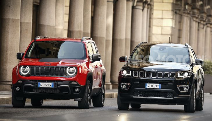[VIDEO] Jeep: Renegade e Compass 4xe ridefiniscono gli standard delle auto ibride plug-in - Foto 3 di 34