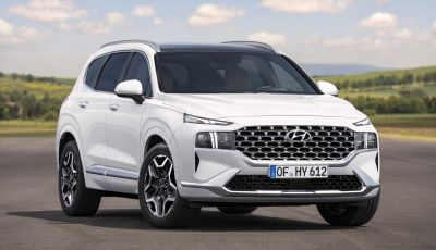 Hyundai Santa Fe: motori Smartstream e ibrido plug-in dal 2021