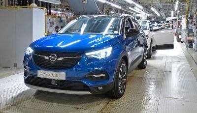 Opel Grandland X: la prima Hybrid plug-in a trazione anteriore è realtà