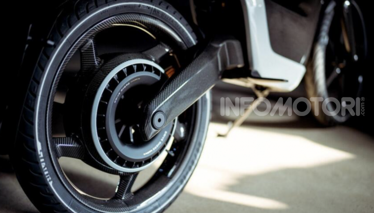 Novus: la moto elettrica per chi sogna (e può spendere) in grande - Foto 8 di 11