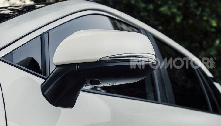 [VIDEO] Suzuki ACross: il SUV ibrido che si sente una sportiva - Foto 1 di 44