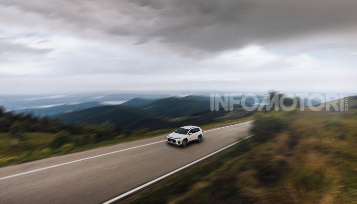 [VIDEO] Suzuki ACross: il SUV ibrido che si sente una sportiva - Foto 13 di 44
